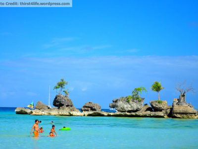 Famous Willy's Rock in Boracay